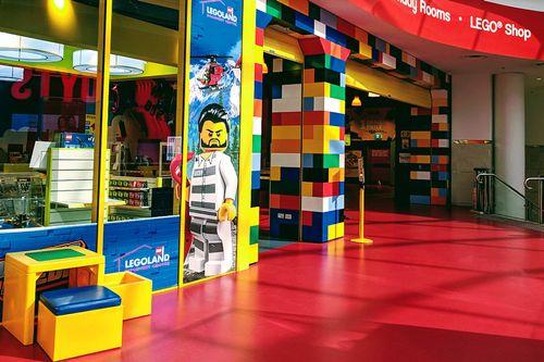 查斯頓購物中心內的樂高商店